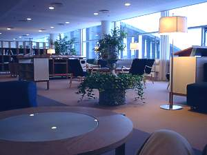 Copenhagen Business lounge Oct 2003
